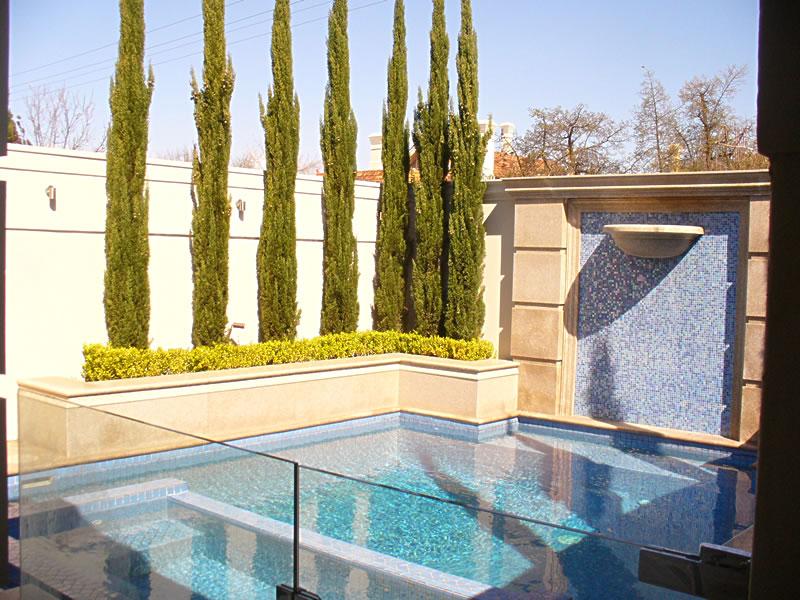 Medindie, Pool, Exterior